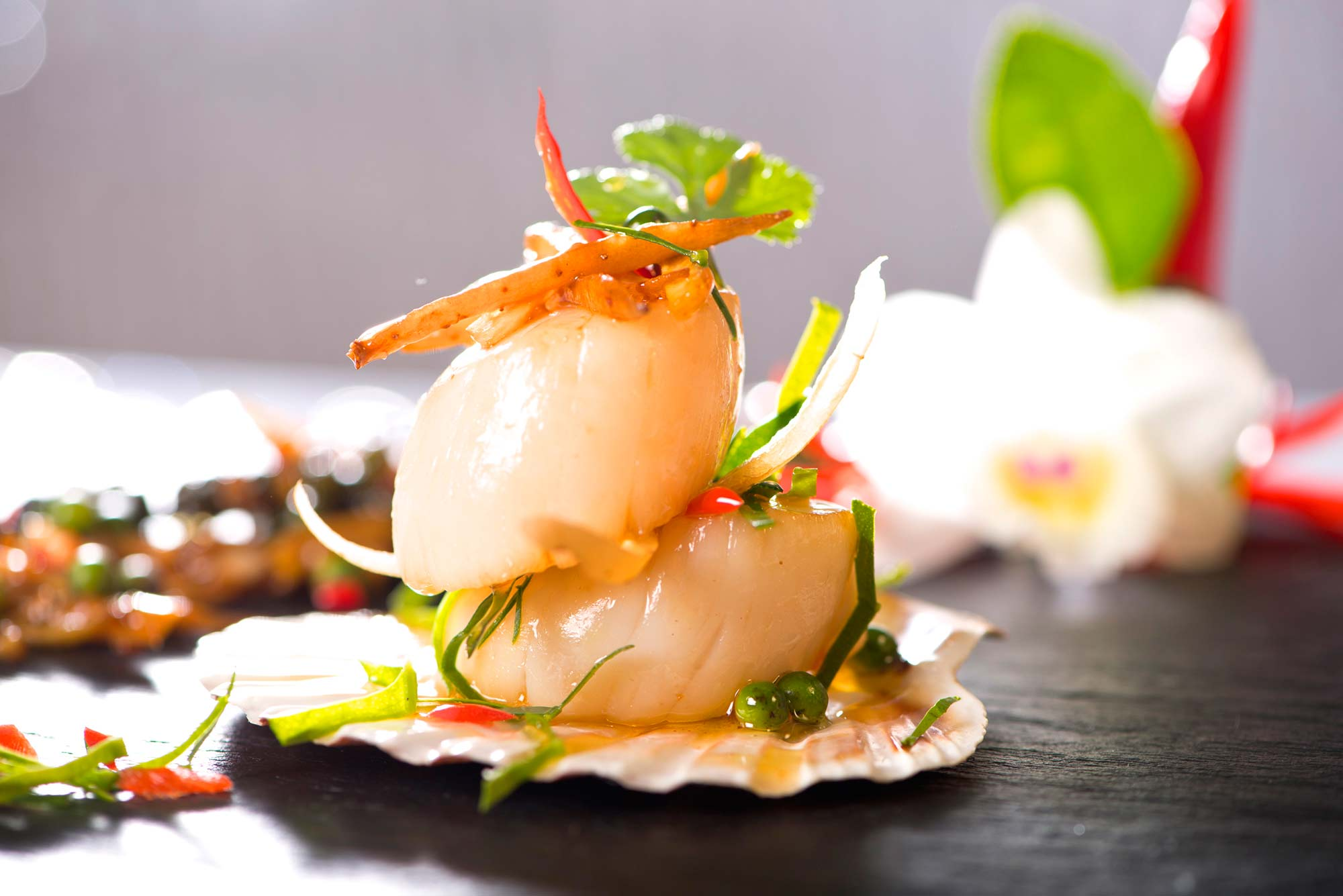 Fried herbal vegetables with Scallop